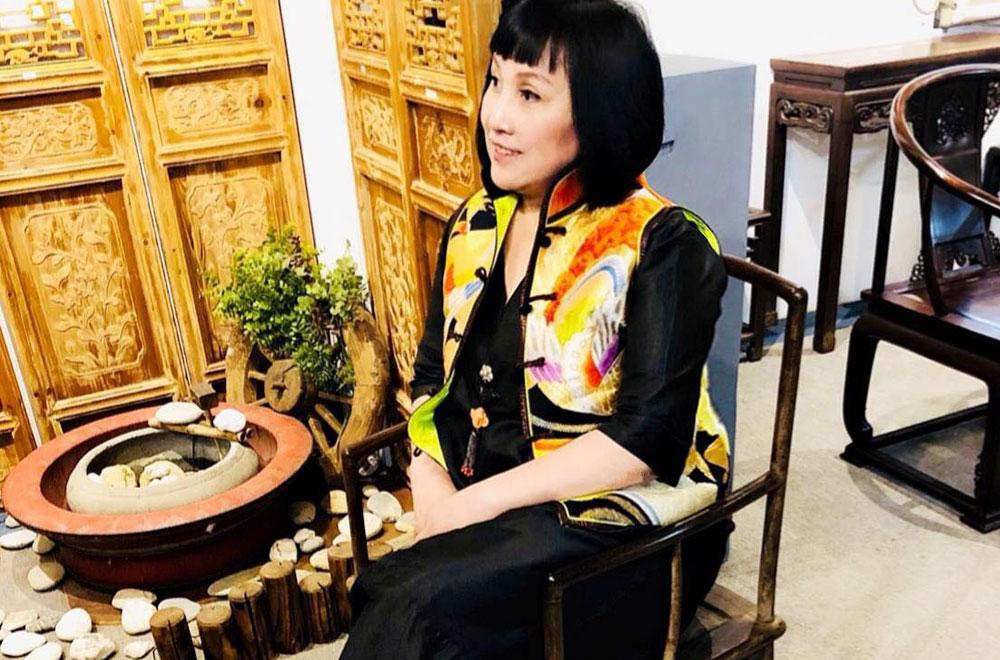 孔雀絲綢古裝背心
